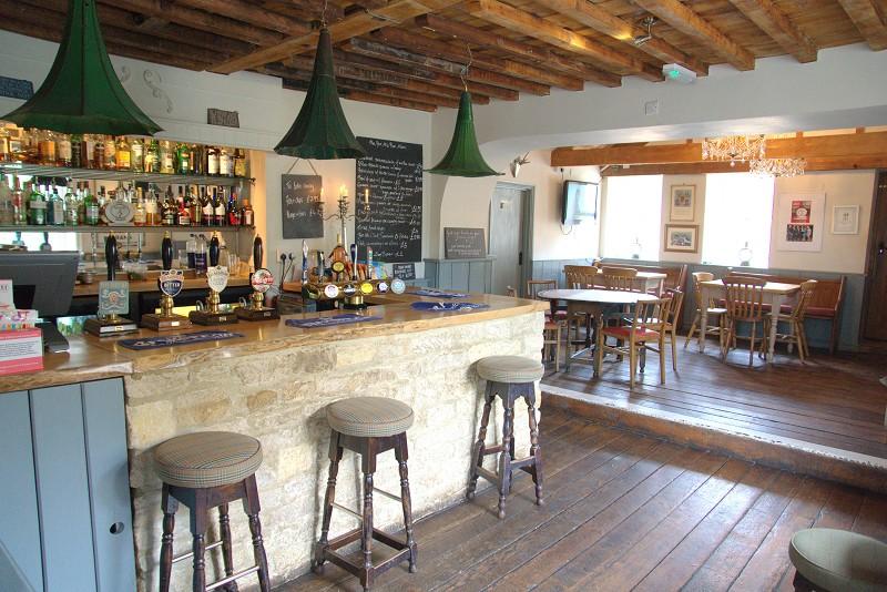 The Five Alls pub