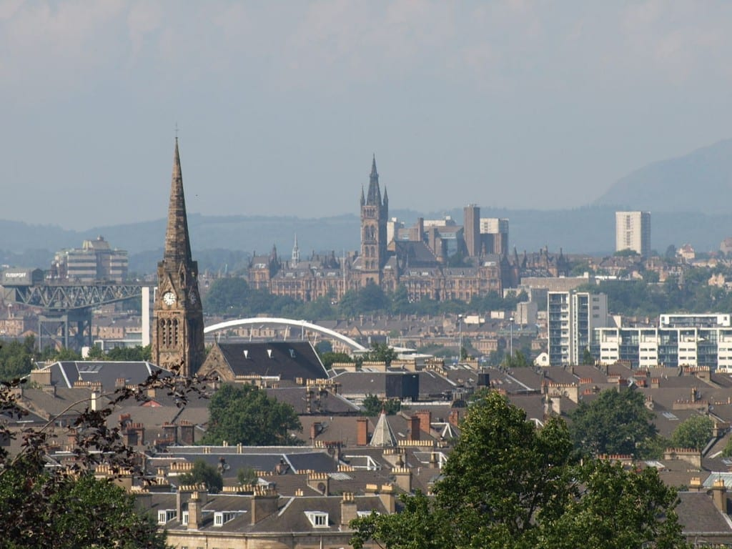1200px-View_of_Glasgow_from_Queens_Park