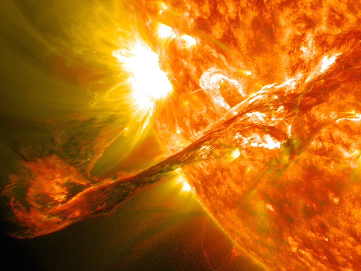 By NASA Goddard Space Flight Center - Flickr: Magnificent CME Erupts on the Sun - August 31, CC BY 2.0, https://commons.wikimedia.org/w/index.php?curid=21422679
