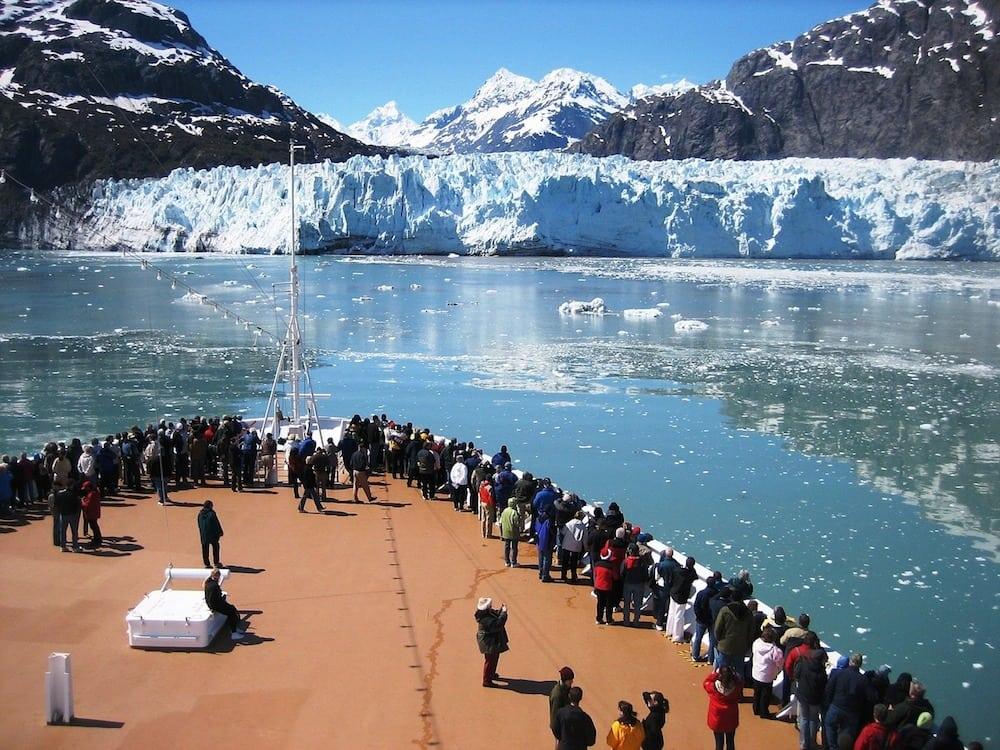 cruise-ship-1253272_1280