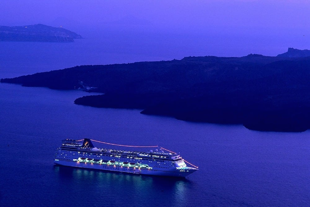 cruise-ship-980933_1280