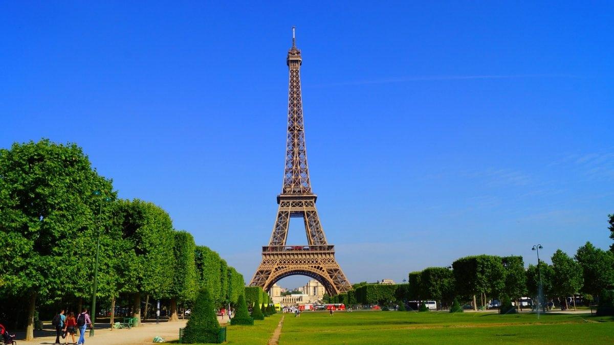 paris-1175022_1280