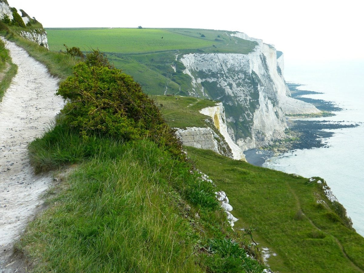white-cliffs-123473_1280