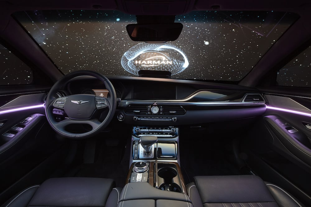 interior_dash_with_projection_option_3
