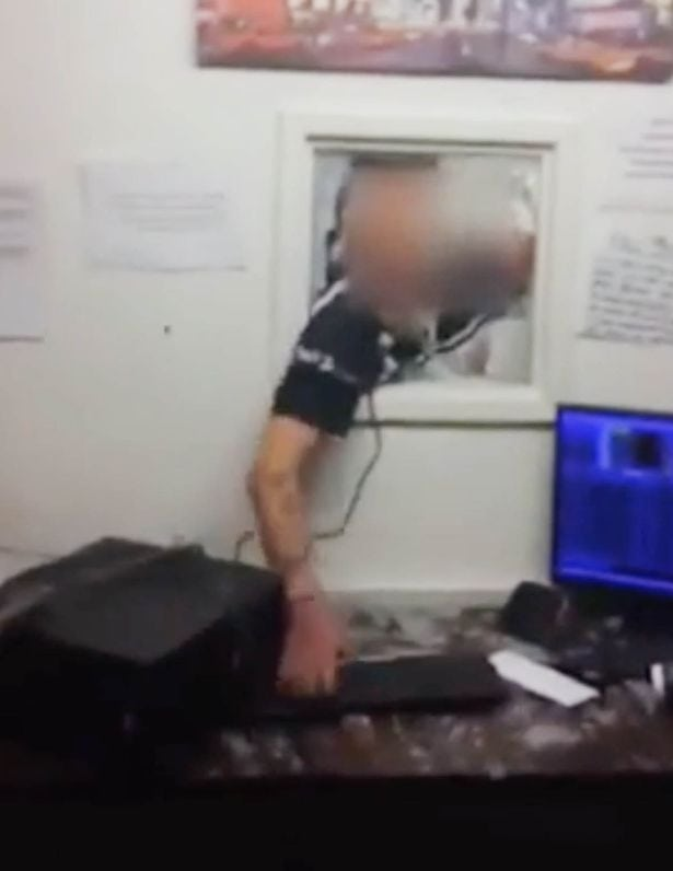 Watch angry customer smashes up taxi office for Watch magazine customer service