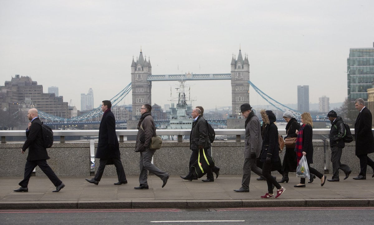 London's air pollution cancels out benefits of exercise, study says