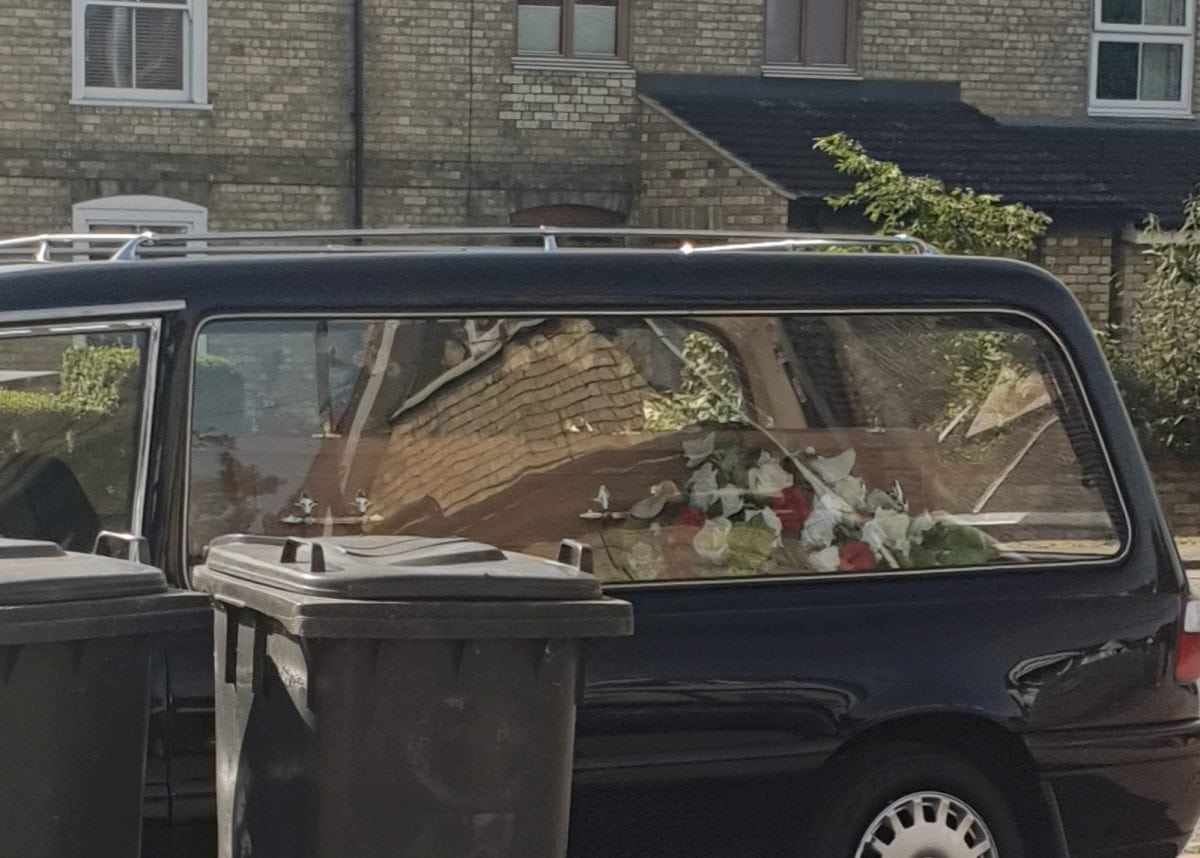 coffin abandoned as undertakers go to cafe