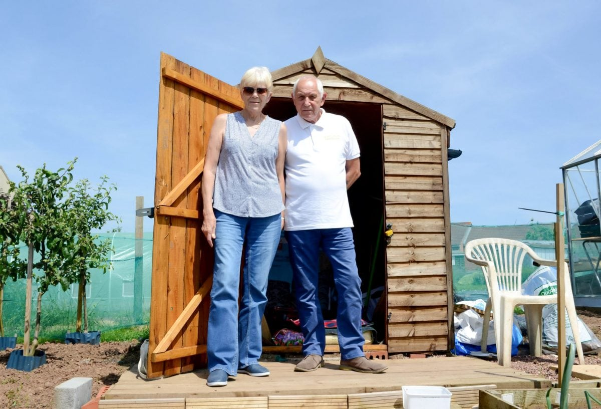 veteran forced to sleep in shed