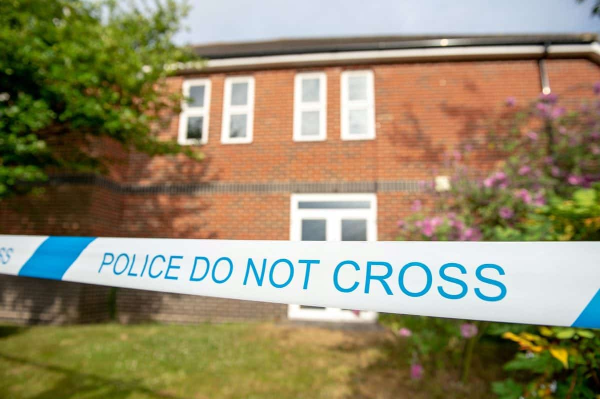 UK Anti-Terrorism Police Called In as Unknown Substance Leaves 2 Critical