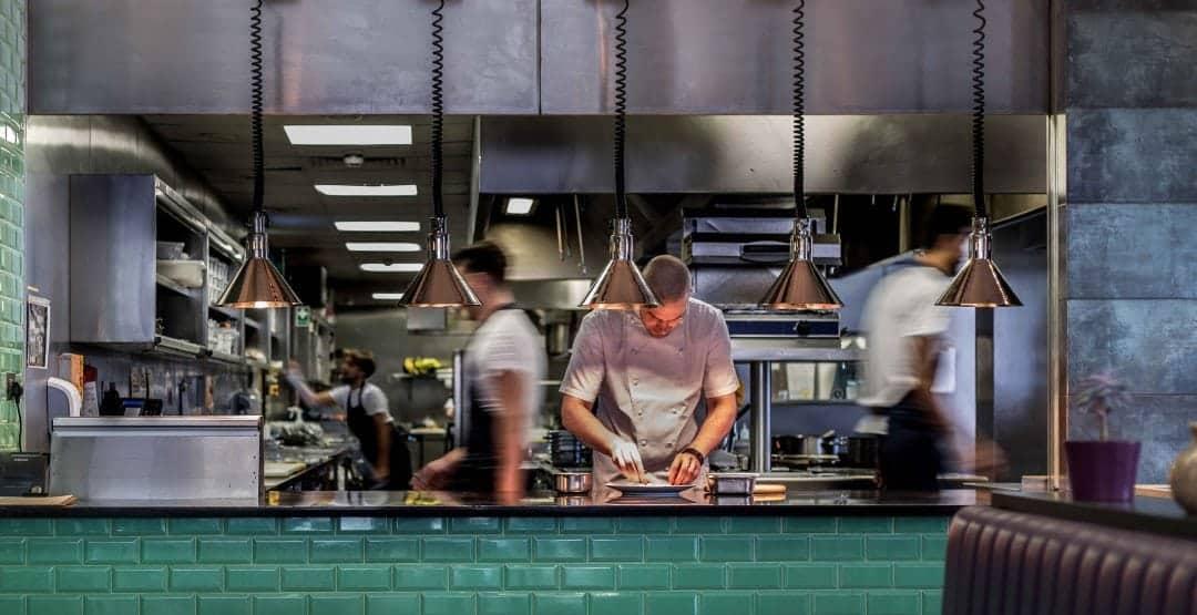 Plate kitchen