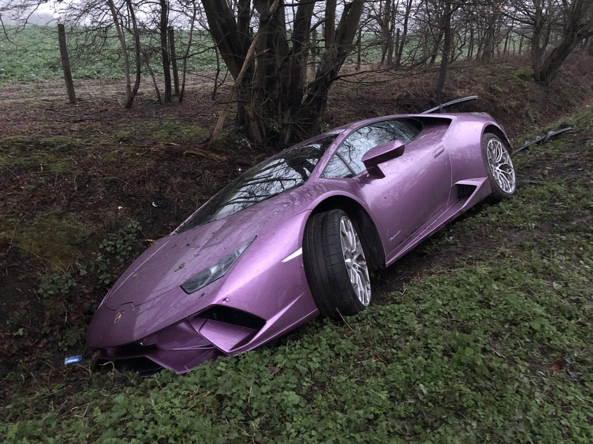 Bitcoin SV Supporter Crashes His Purple Lamborghini Into a Ditch