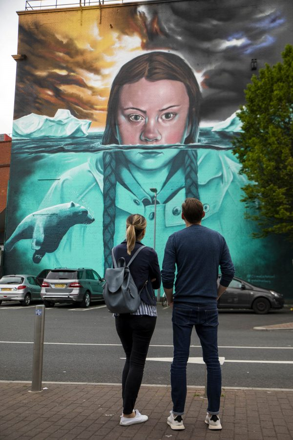 Giant mural of climate campaigner Greta Thunberg appears