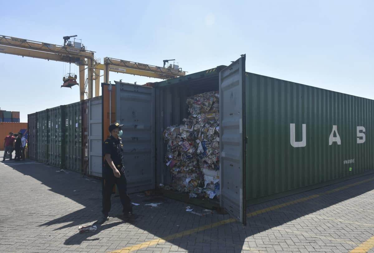 Asia Minute: More Asian Nations Returning Trash Shipments