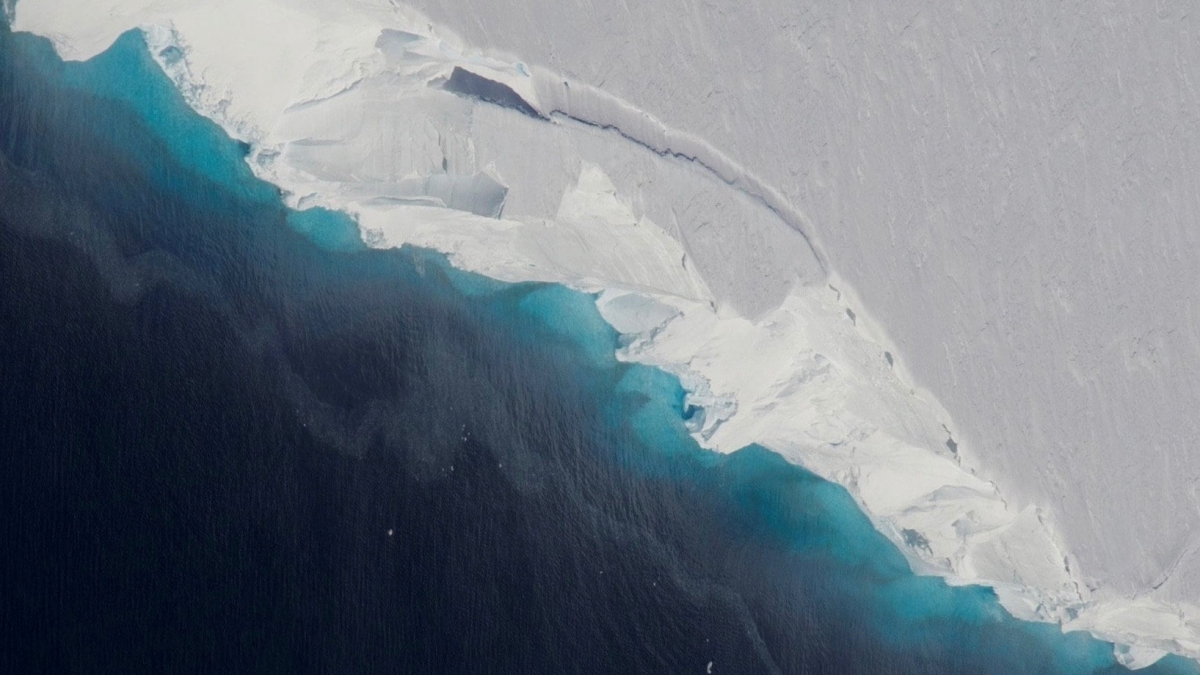 Huge glacier melt could cause 20 inch rise in global sea levels
