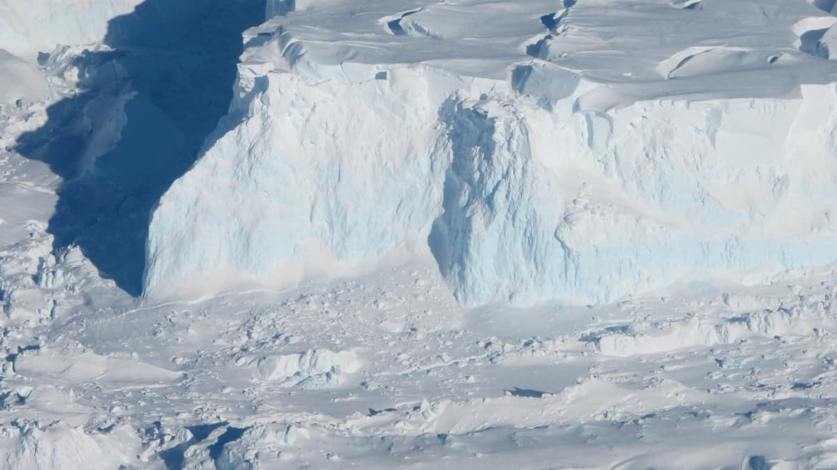 In Antarctica, found a glacier, on which depends the fate of humanity