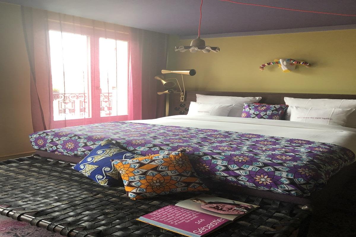 25hours medium+ bedroom